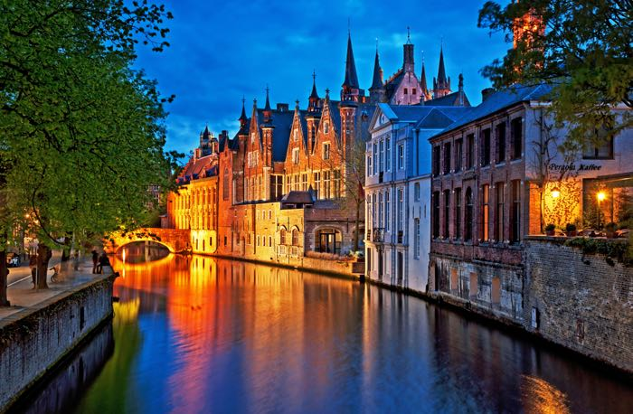 Week-end romantique à Bruges : love, etc.