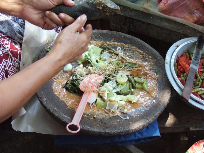 Préparation traditionnelle du gado ado