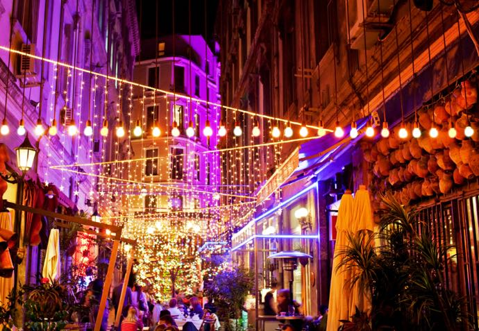 Istanbul se vit aussi la nuit
