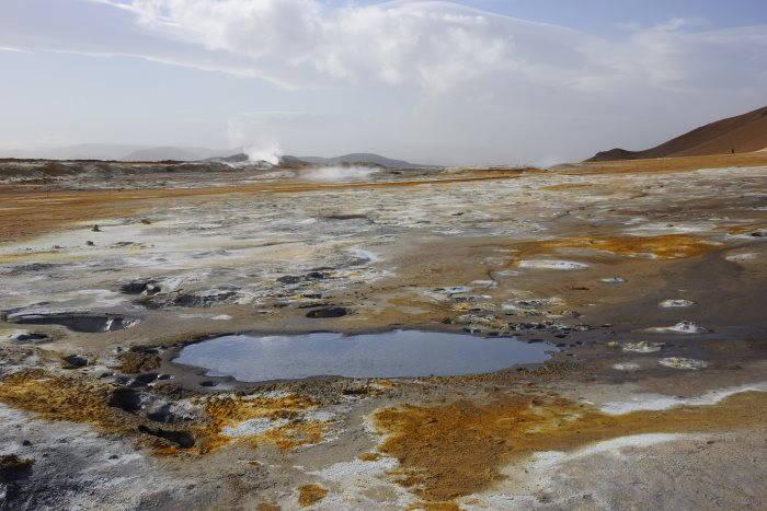 Námafjall et les champs géothermaux et de boues