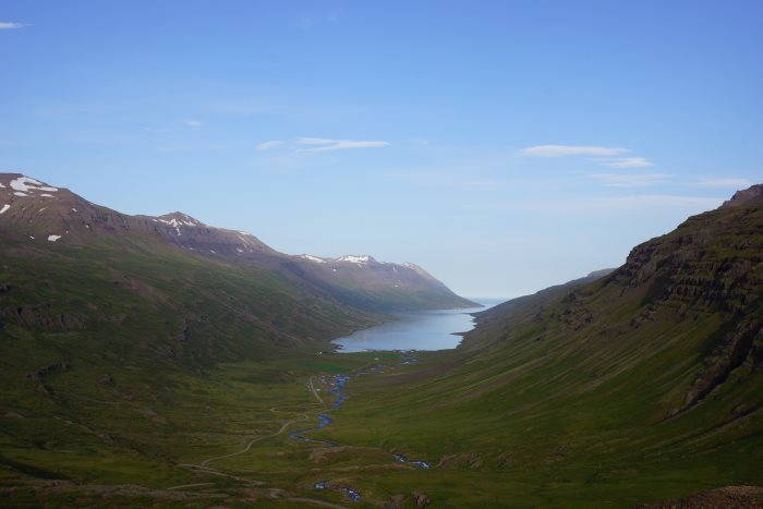 Fjord de Mjoifjordur