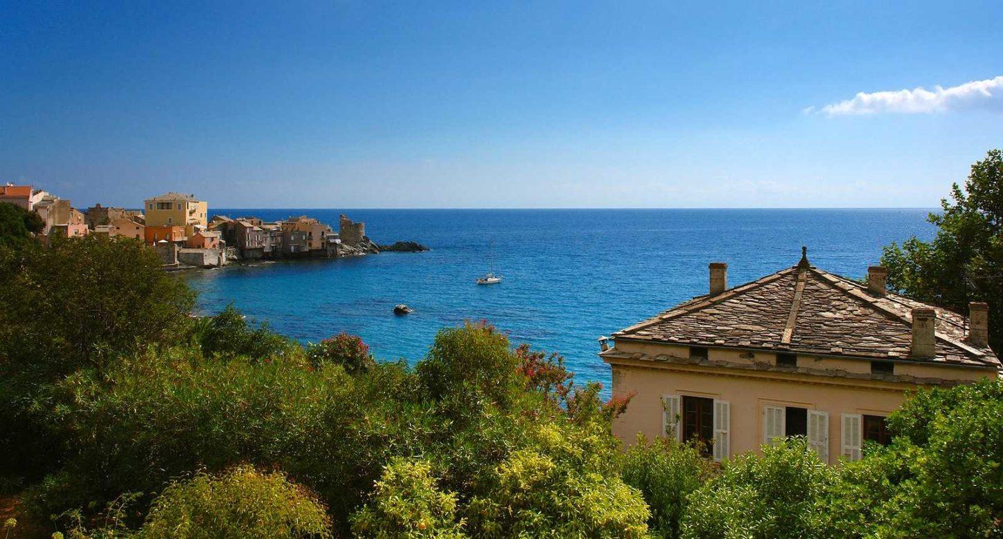 Que faire en Corse en octobre ? Faites fi du froid et mettez le cap sur l'Île de Beauté !