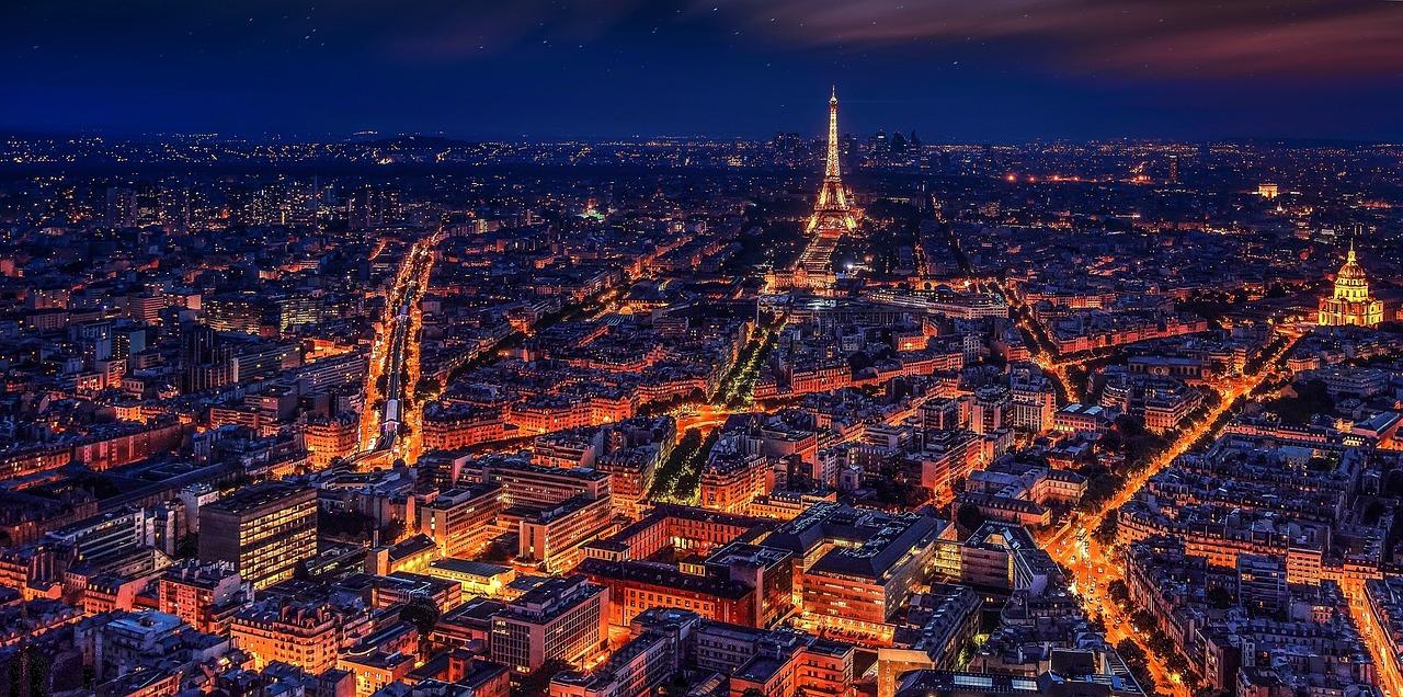 En vacances à Paris, n'hésitez pas à prendre la voiture pour vous déplacer